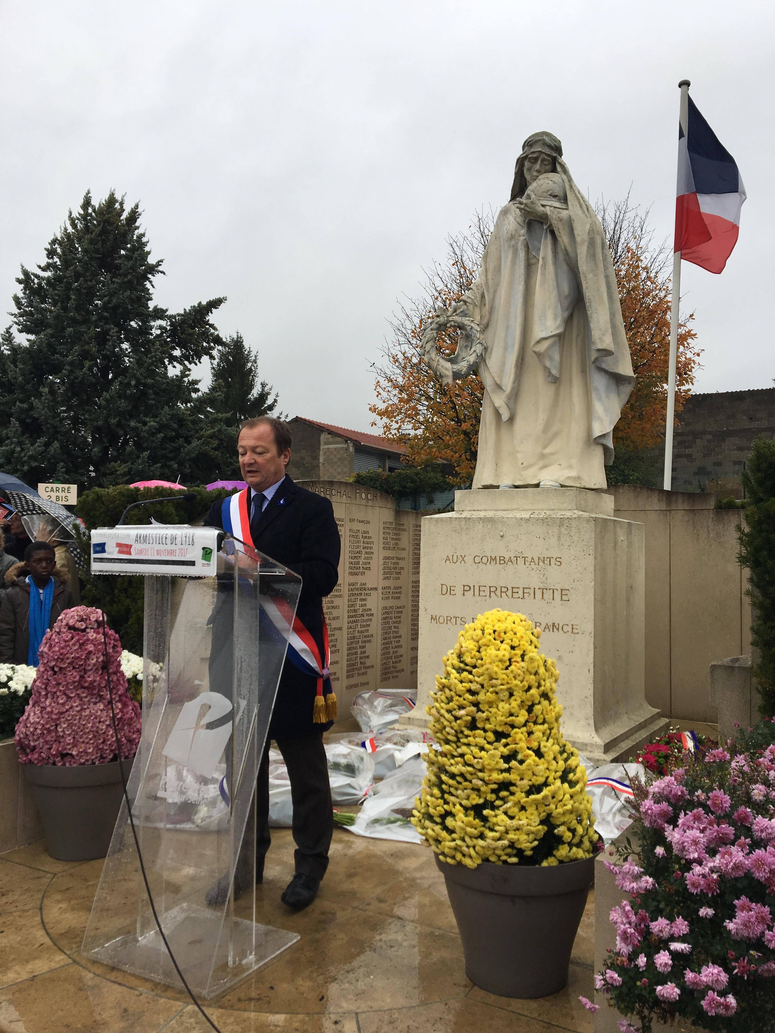 Commémoration Du 11 Novembre à Pierrefitte-sur-Seine